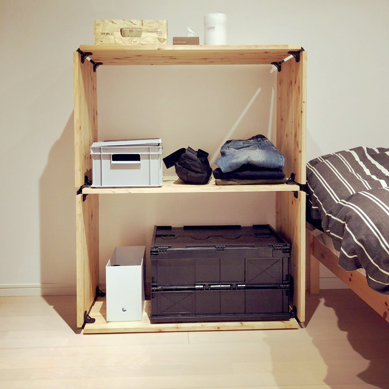 Playwood projects - Bedside solution